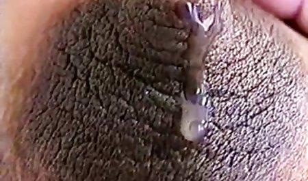 شخص دختری را در بیدمشک خود می کشد و او در آن لحظه نوازش کلیه ها را نوازش می دانلود رایگان فیلم پورن با لینک مستقیم کند