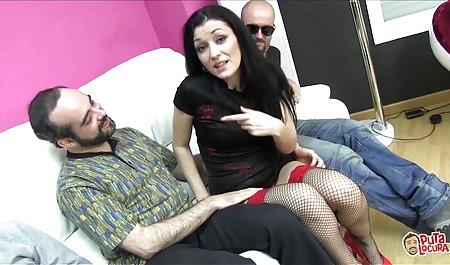 دانش آموز زن یک معلم را با یک استراپون می گیره دانلود فیلم سکسی رایگان با لینک مستقیم