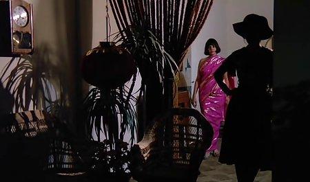 قبل از مشت زدن واژن برای معشوقه که کلاه خود را با dildo انگشت می دانلود فیلم سوپر مستقیم زند