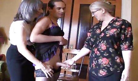 دوست پسر سفید یک تخته در گلو و زن سیاه مقعد با خال کوبی پخش زنده سکس خارجی روی الاغ قرار می دهد