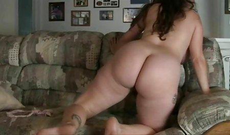 ماساژ دهنده بدن لاتین را با روغن روغن می کند و شکل های شیک او را سکته می دانلود مستقیم فیلم سکسی رایگان کند