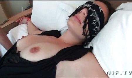 یک هم اتاقی ، شورت شورت از مادرش کشید و یک آلت تناسلی را در مهبل فیلم سکسی دانلود مستقیم خود با سرطان در مقابل وب کم قرار داد