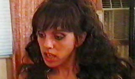 الاغ لاتینا در جوراب شلواری نشت ، الاغ را دانلود مستقیم فیلم سینمایی سکسی به یک پسر در یک اتاق مناسب داد