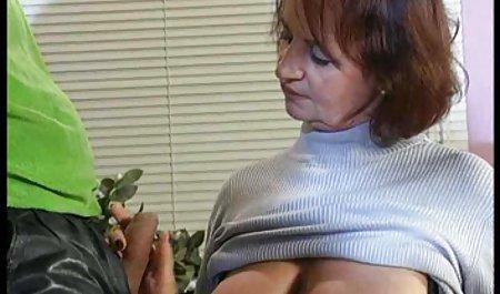 سه MILF زیبا با شیر دادن به دست جلوی دوربین جلوی شیر شیطان فیلم سکسی لینک مستقیم را گرفته و خودارضایی می کنند