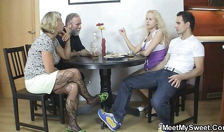 بلوند و سبزه لطفا همدیگر دانلود فیلم سکسی خارجی با لینک مستقیم را دوست داشته باشید و در آشپزخانه مرد مکید