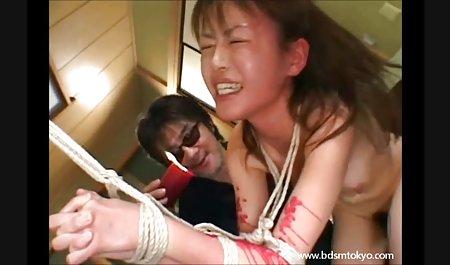 عاشق دانلود فیلم سکسی اچ دی با لینک مستقیم یک زن در بیدمشک را در موقعیتی که سوار در صندلی جلو است ، سیر می کند