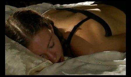 شخص مردمی با فیلم سکسی مستقیم دو جوجه محروم.